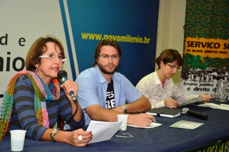 """Mesa da Conferência Magna: """"Educação no e para o Brasil"""" - """"Análise da Política de Educação no Brasil"""""""